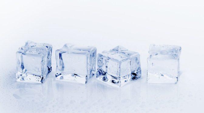 ice-cubes-3506781_1280-2